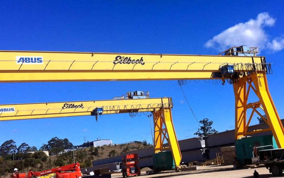 Crane Services | Munro Electrical & Cranes | Crane and Electrical Contracting